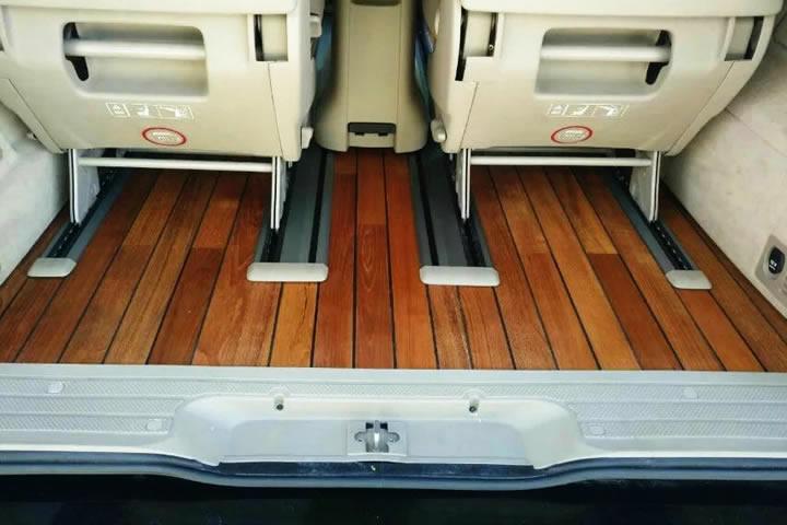 奔驰唯雅诺,隔音加木地板施工案例 - 北京 - 平静汽车